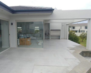 Image 2 Somerset West Frameless Glass