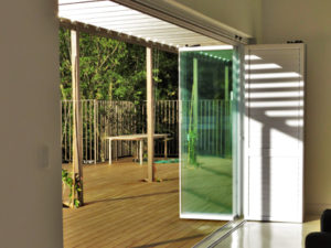FG03amdFG02 Frameless Glass