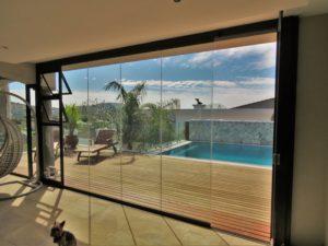 Frameless Stackaway Glass System